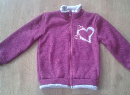 Dievčenský sveter veľ.110